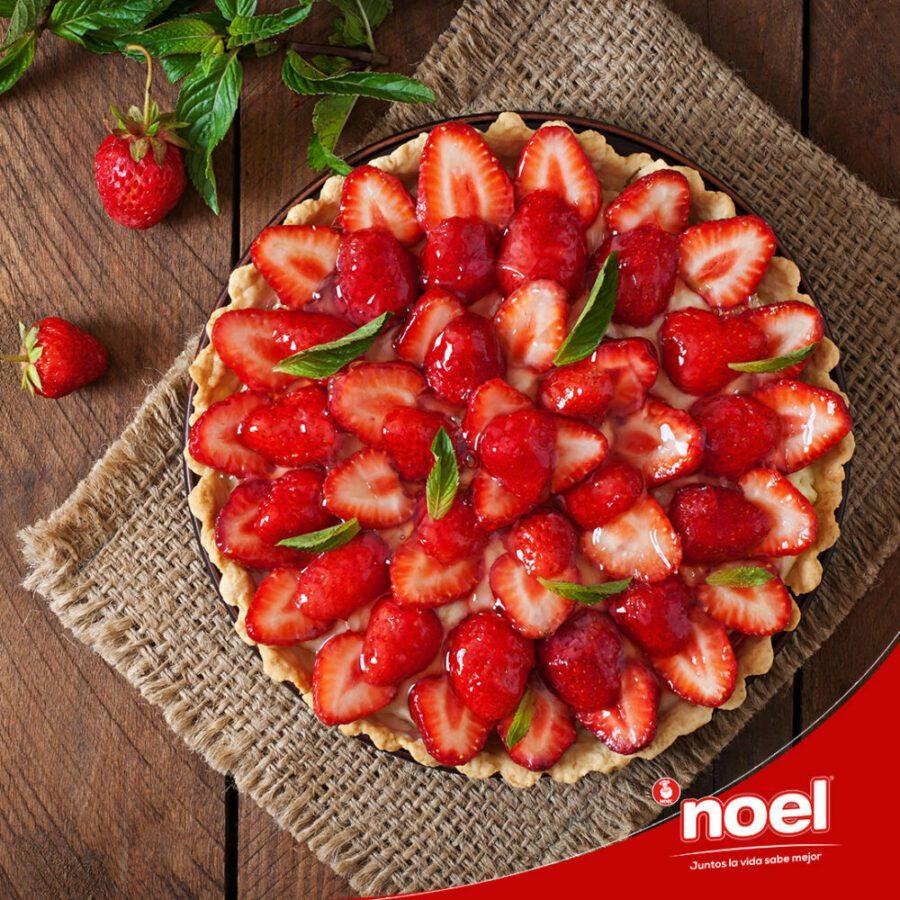 Recetas Cenas Especiales Noel - Tarta de galletas de mantequilla y fresa